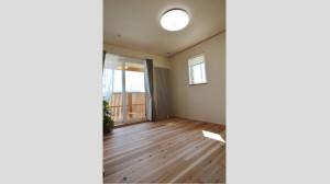 寝室 (426x641)