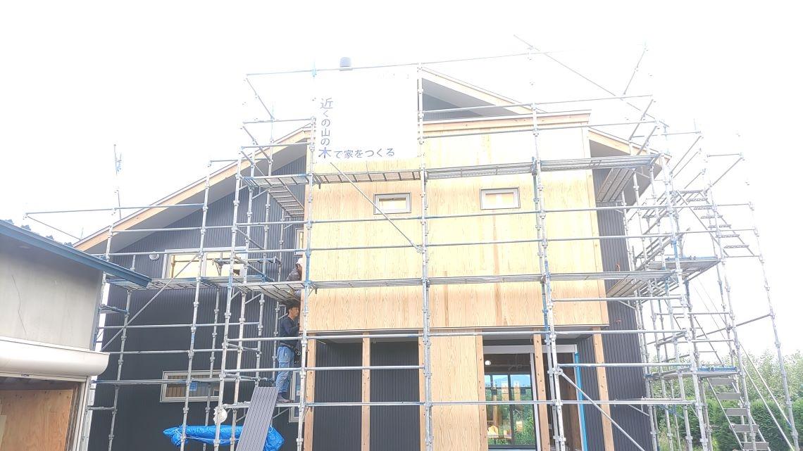 県木住八幡崎の家:大工工事